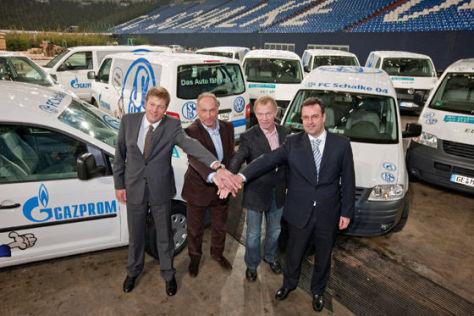 VW Erdgasautos für Schalke 04