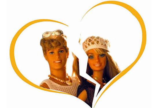Vollbusige Barbie Vergnügt Sich Mit Kens Schwanz