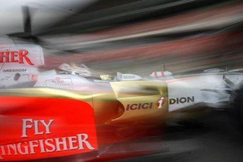 Adrian Sutil wird mit Force India und dem VJM02 bald in den Testbetrieb eingreifen