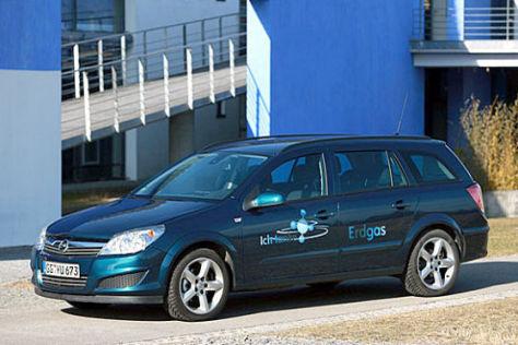 Opel Astra CNG mit Hybrid Prototyp