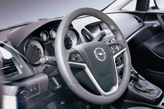 Opel Astra (2009)