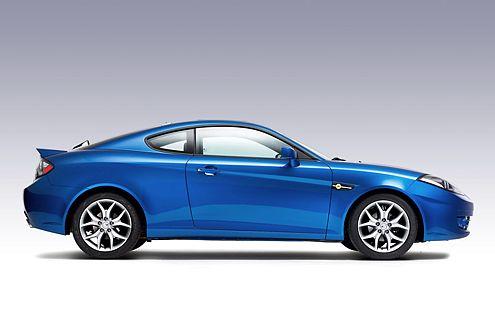 In der 2007er Version des Hyundai Coupé wurde auf die seitlichen Kiemen verzichtet. Neu: der Heckspoiler.
