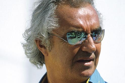 """Renault-Chef Flavio Briatore zum bescheidenen fünften Platz: """"Das Problem hieß Bridgestone."""""""