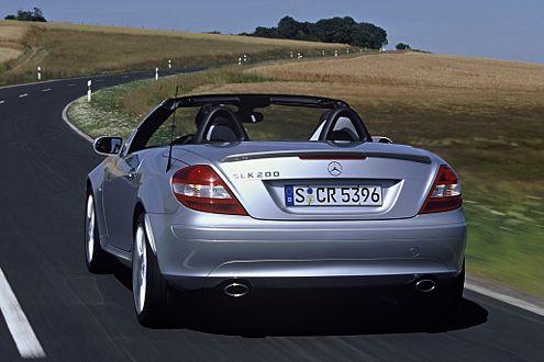 Die AMG-Abrisskante soll dem SLK-Hintern mehr Potenz einhauchen.