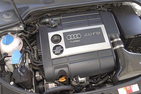 Kraft satt: 310 PS mobilisiert der Vierzylinder im Oettinger-A3.