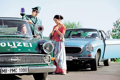 In den 6oern fuhr der Opel Kapitän noch Streife und Polizisten hießen noch Schutzmänner.