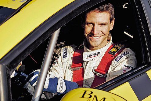 Voll überzeugt: Redakteur Oliver Hilger testete den Seat Supercopa.