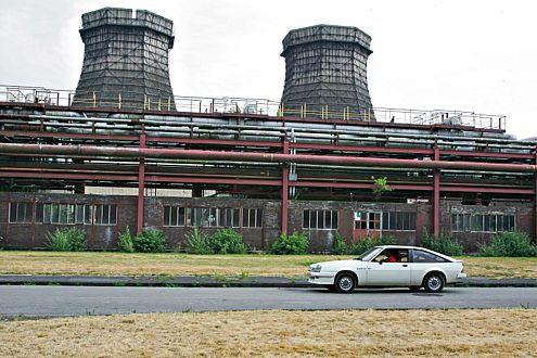 Da hat die Zeit ihre Spuren hinterlassen: unser Opel Manta auf dem Gelände der Zeche Zollverein in Essen.