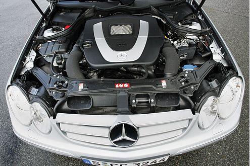 Erst bei 4000/min geht es beim V6 im CLK 350 so richtig zur Sache.