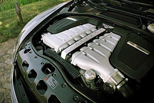 Mit der Kraft einer Turbine: Sechsliter-Zwölfzylinder mit 560 PS.