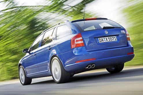 RS Limousine oder Combi – die Fahrleistungen sind nahezu identisch.