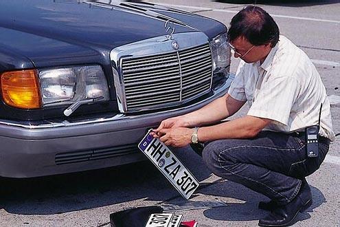 Vor dem Verkauf sollte das Fahrzeug immer abgemeldet werden.