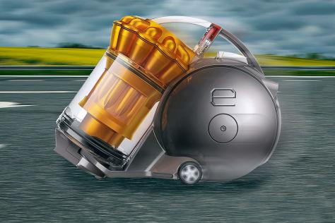 Nissan Cube als Versuchsträger für den EV.