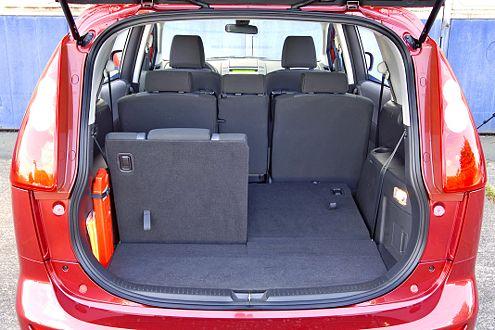 1566 Liter – der Mazda schluckt ordentlich Gepäck.