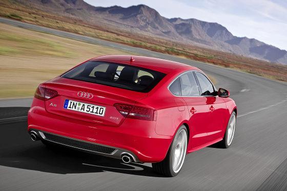 Der hat's im Rücken: So ein elegantes Ende hat uns Audi das letzte Mal vor 40 Jahren beim 100 Coupé S gezeigt.