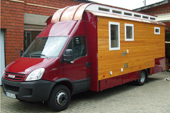 TimeOut baut Wohnmobile aus Holz