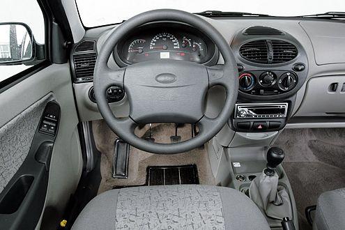 Bei Lada ist man um eigenes Design bemüht, die Qualität ist aber fragwürdig.