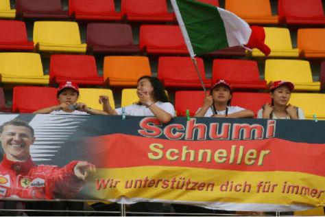 Überall auf der Welt sind Schumi-Fans froh über das Comeback ihres Idols