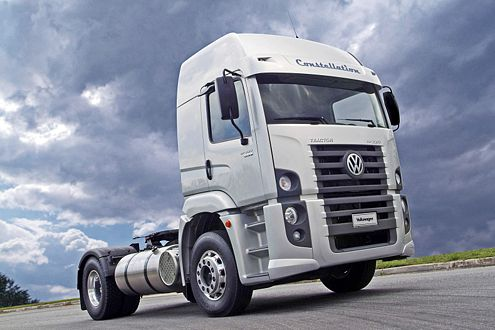 Acht Gänge, 80 km/h bei 1800 Touren: der VW Constellation.