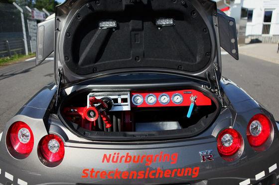 Nissan GT-R  als Streckenfahrzeug auf dem Nürburgring