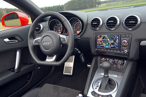Schneller schalten für 2100 Euro – mit dem S-Tronic 6-Gang-Getriebe.