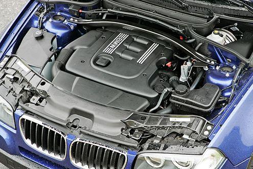 Der BMW-Zweiliter spurtet schnell, ist allerdings nicht so elastisch.