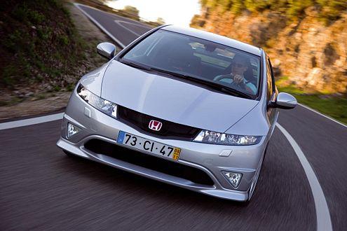 Ab die Post: In 6,6 Sekunden ist der Civic Type-R auf Tempo 100.