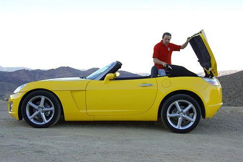 Platzmangel: Ins GT-Heck passen das Dach und 66 Liter Gepäck.