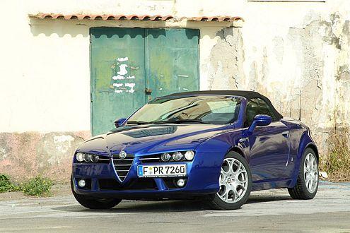Ab 42.100 Euro ist der 3.2 V6 zu haben – 260 PS stark, 240 km/h schnell.