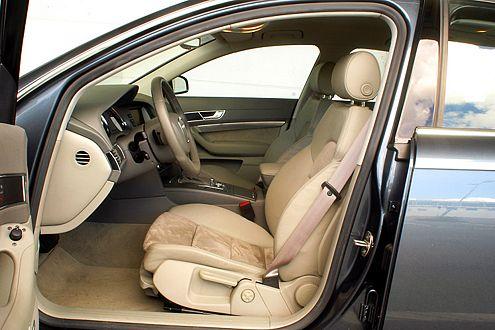 Der setzt die Maßstäbe: Innenraum des Audi A6 3.2 FSI quattro.