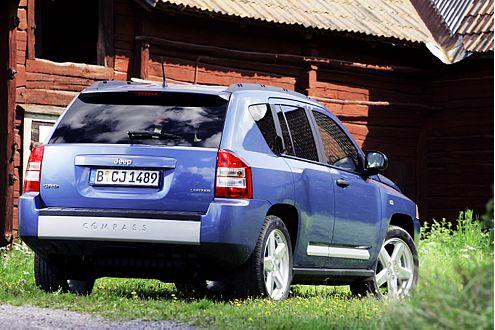 Jeep Compass: Ab März 2007 gibt es den Patriot-Verwandten für 24.590 Euro.