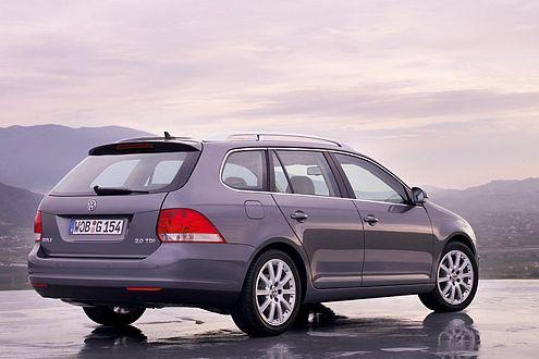 Gewöhnungsbedürftig: Am Heck hat VW mal was ganz Neues ausprobiert.