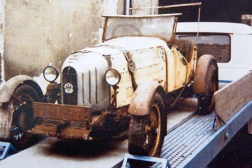 Unerwarteter Garagenfund: So sah RAK1 aus, als er entdeckt wurde. Verrostet, verstaubt, vergammelt – aber vollständig erhalten.