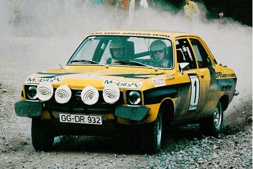 Sechs Siege in acht Läufen: Im Ascona 1,9 SR (206 PS) wurde Röhrl 1974 Europameister