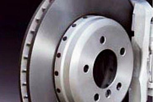 Pfiffig: Nur beim Bremsen und im Schiebebetrieb wird Strom erzeugt.