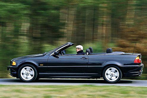 Die präzise Lenkung des 3er Cabrio muss sich nicht verstecken.