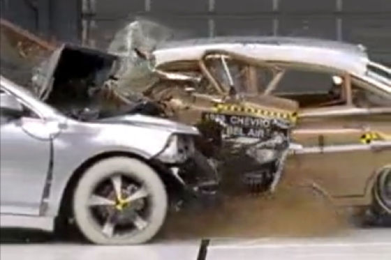 Chevrolet Bel Air im Crashtest