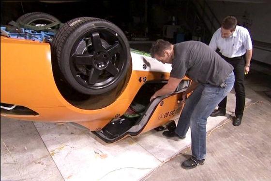 Crashtest Mercedes SLS AMG