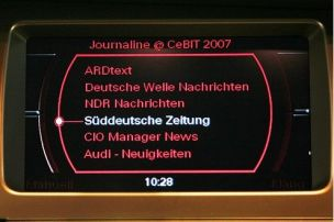 Autoradio liest Zeitung vor