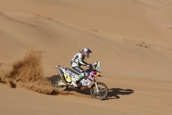 Lies diesmal nichts anbrennen: Vorjahressieger Marc Coma bestimmte auf seiner KTM das Tempo.