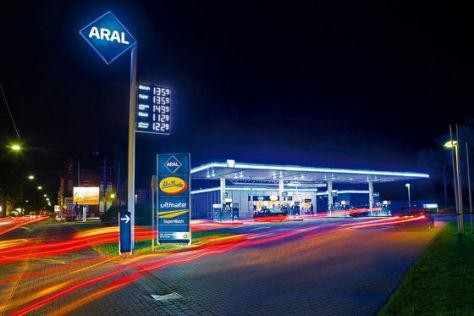 Aral baut LED-Tankstelle