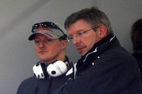 Schumacher und Brawn: Sehen so zufriedene Formel-1-Fachleute aus?