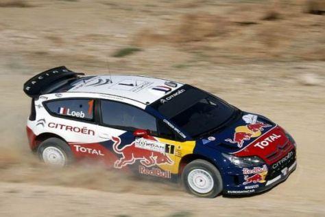 Sébastien Loeb nähert sich der Führuing in Jordanien mit großen Schritten