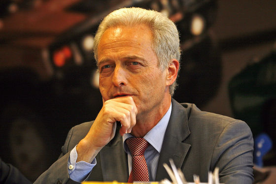 """""""Ich hoffe, wir können die Probleme mit der Versicherungswirtschaft vernünftig lösen"""", hofft Verkehrsminister Ramsauer."""