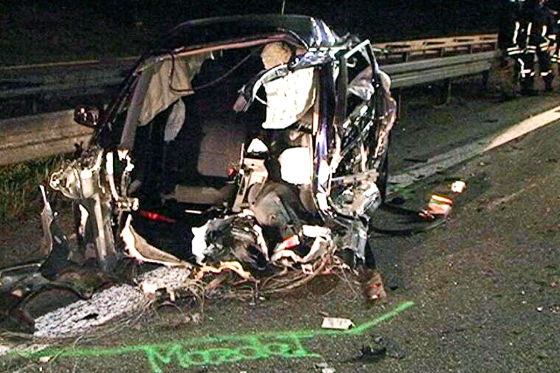 Unfall mit Mercedes-Erlkönig