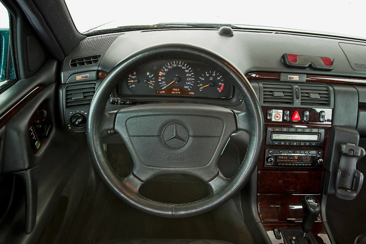 Mercedes E Klasse Abc