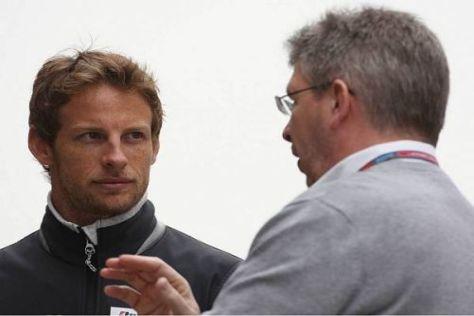 Jenson Button und Ross Brawn treten seit dem Saisonbeginn gegeneinander an
