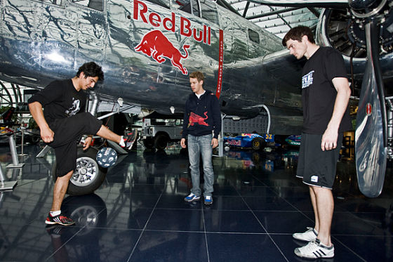 Sebastian Vettel mit Faruk Onmaz und Anders Solum
