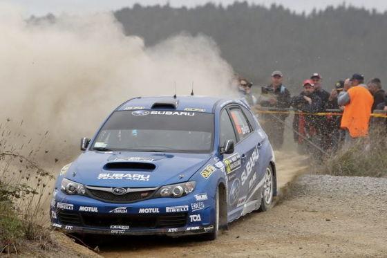 Toshi Arai im Rallye-Subaru
