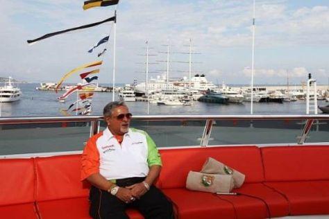 Entspannt: Vijay Mallya ankerte mit seiner Indian Empress im Hafen von Monaco
